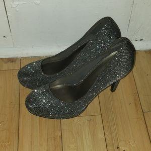 Shoes - Shiny Heels
